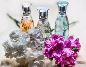perfume-1433654_960_720